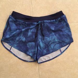 Lululemon blue print drawstring short size 4
